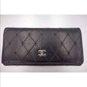 Chanel vintage RARE lambskin quilted clutch/wallet